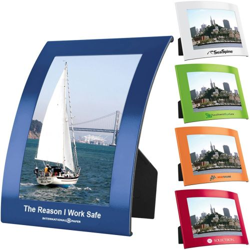 AD012448 Curve Photo Frame