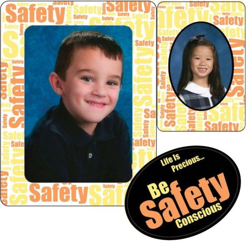 AD012742S3-in-1 Safety Photo Frame & Magnet Trio