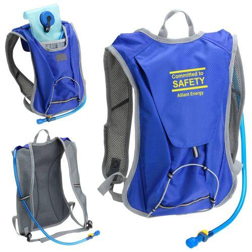 AD0138711 Crosstrek Hydration Pack